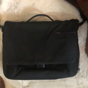 TUMI briefcase/messenger bag/laptop bag